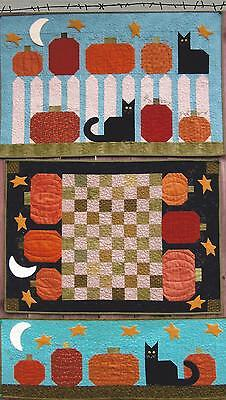 Puss and Pumpkins applique quilt pattern by Suzanne's Art House
