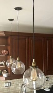 3 ceiling Pendent Lights