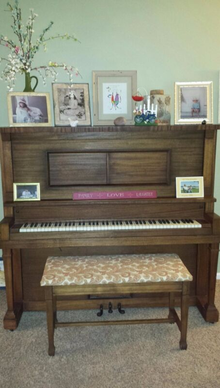 1917-1930 H.C. Bay-Bellmann Upright Player Piano