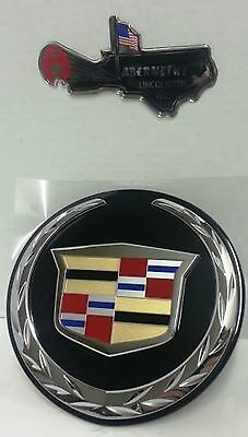 GM 22984656 Cadillac Escalade or ESV Rear Liftgate Chrome One Piece Emblem