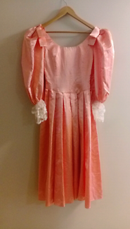 Dress Ups/Costumes Ad 1 of 2