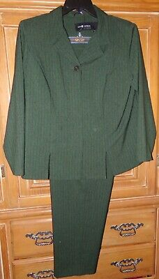 VTG SAG HARBOR WOMENS SIZE 16W GREEN PANT SUIT 2 PC POLYESTER LONG SLEEVE