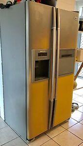 600L Fridge/freezer for sale! Cairns North Cairns City Preview