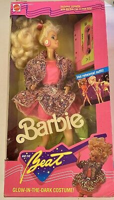 VINTAGE 1989  BARBIE & THE BEAT Glow-In-The-Dark COSTUME + HITS CASSETTE