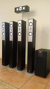 Yamaha Speakers Set with Yamaha Subwoofer Canning Vale Canning Area Preview