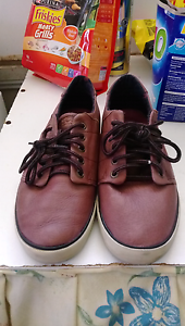 BARELY USED Globe Men's Skate Shoes Campbelltown Campbelltown Area Preview