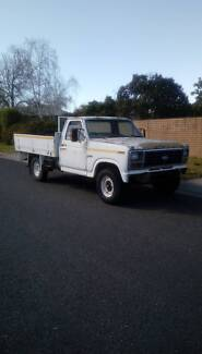 Ford F250 1983 ute