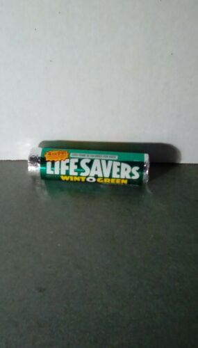 Vintage Life Saver roll of Wint O Green.  12 mints. .72 oz. Upc code 191480, new