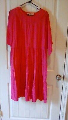 David Brown for Saks Fifth Avenue Fuchia Woman's Casual or Lounge Dress Sixe Med
