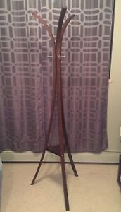 Wooden coat rack, modern style