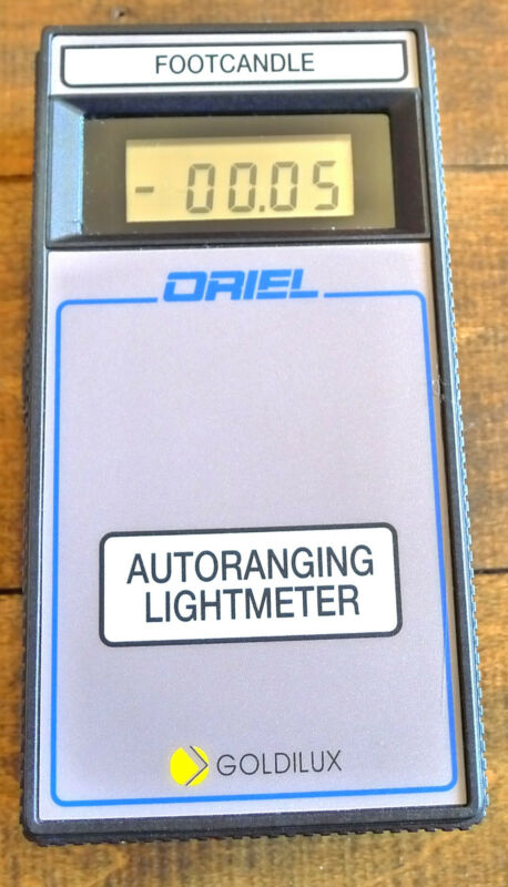 Newport Oriel 70229  Goldilux GAL-5L Autoranging Light Meter