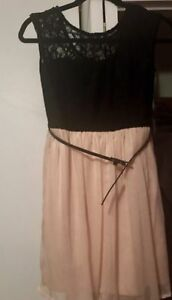 Black and pink dress size S