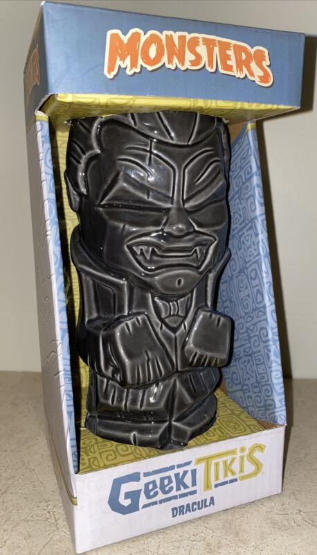 Geeki Tikis Universal Horror Monsters DRACULA 17 oz. Ceramic Tiki Mug