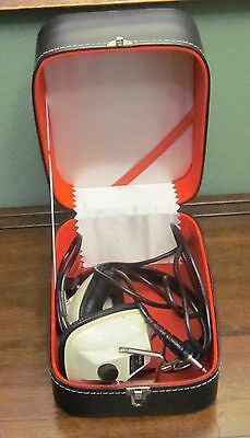 Vintage Akai ASE-9S Stereo Headphones in Vintage Pioneer Stereo Storage Box