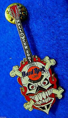 GUANGZHOU HALLOWEEN PIRATE SKULL & CROSS BONES FLAMES GUITAR Hard Rock Cafe PIN](Guangzhou Halloween)