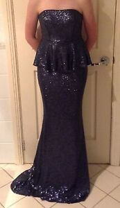 STUNNING NAVY BLUE SEQUINED FORMAL DRESS Mardi Wyong Area Preview
