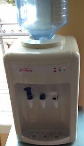 Sunbeam hot and cold water dispenser