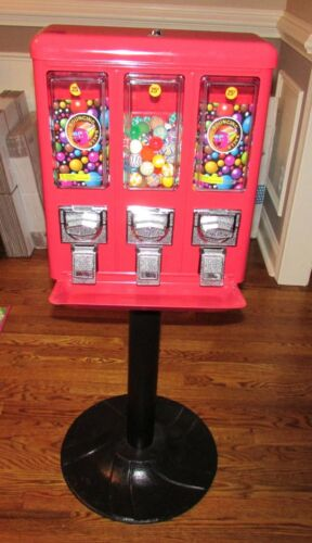 Triple Bouncy Ball / Gum Ball Vending Machine With Stand & Inventory