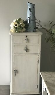 """""""FRENCH PROVINCIAL CHIC"""" Vintage Quirky Wine Cabinet!!!"""