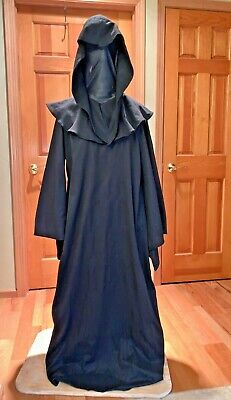 Grim Reaper Halloween costume with mesh face Adult one size Black Fleece