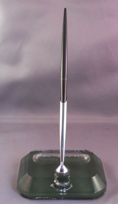 Sheaffer Single Ball Pen Desk Set--