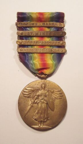 VINTAGE WW I Victory Medal & 4 Battle Bars
