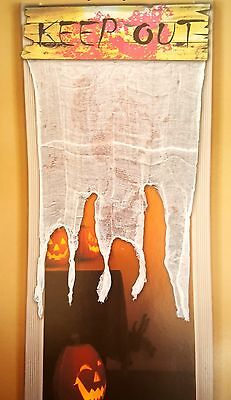 KEEP OUT Bloody Gauze Door Sign & Curtain Halloween Haunted House prop (Halloween Keep Out Sign)
