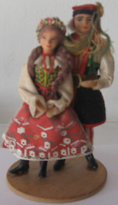 Dolls in Poland (Krakow), male and female costume. 1980s. Free shipping.