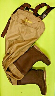 original Magellan hunting//fishing wader green Adjustable belt