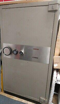 Bernardini Harwood Jewelvault Ul Tl 30 Burglary High Security Steel Safe 7k Lbs