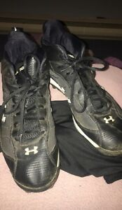Under Armour Hammer Football Cleats