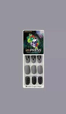 KISS* imPRESS Press-On DARK KNIGHT 30 Nails HALLOWEEN Gray+Black Drips #79869