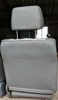 80 series front seats - immaculate condition