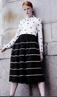 Jupe By Jackie had embroidered midi skirt Amazing Size 2 M Medium