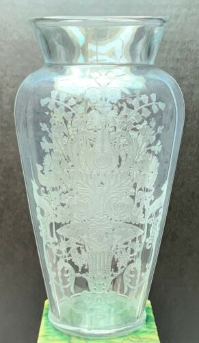 Paden City Glass Gothic Garden Etched Vase Clear Swanson Shape.