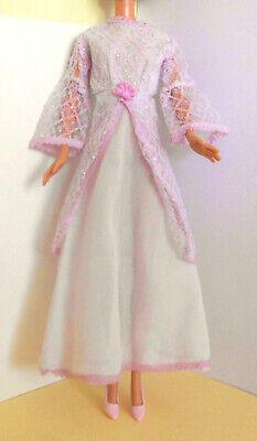 °° Barbie & Co - Vintage - Kleid + Schuhe - weiß, rosa - 29 cm (11,5'')°° (Weißes Kleid, Rosa Schuhe)
