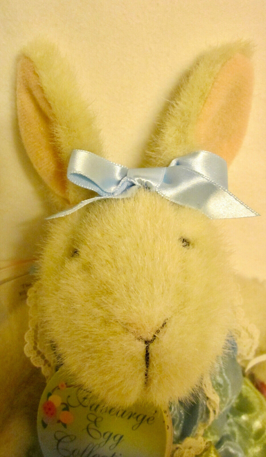 CUTE HOPPY VANDERHARE FROM FABEARGE EGG COLLECTION , RABBIT WITH DECORATED EGG - $14.99