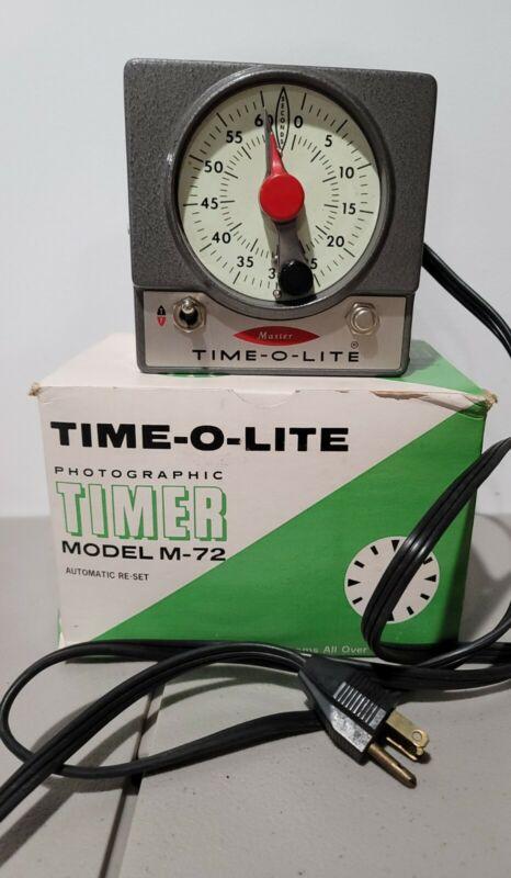 VINTAGE WORKING MASTER TIME-O-LITE PHOTO DARKROOM TIMER M-72 115/60 ESTATE FIND