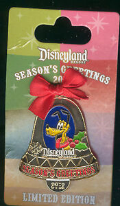 DLR 2012 Christmas Bell Ornament Pluto LE Disney Pin 93406