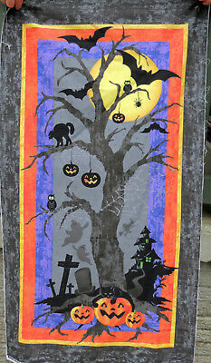 Halloween Howl  Quilt Panel  by Faye Burgos #5285  23x36