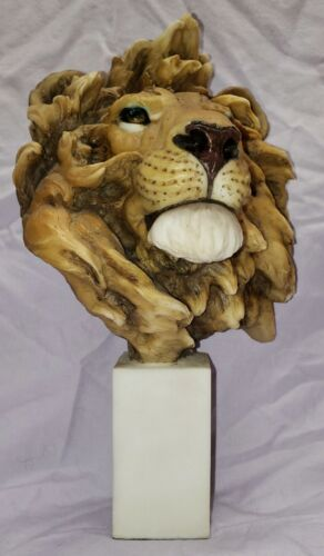 """9 3/4"""" Tall African Lion Bust 2003 Spring Realistic"""
