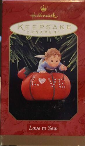 Love To Sew 1997 Hallmark Keepsake Ornament NIB FREE SHIPPING