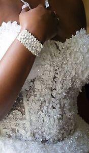 Robe de mariée tout inclus soulier bijoux voile diadème.