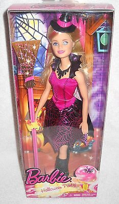#9549 NRFB Mattel Halloween Party Barbie Dressed as a Witch](2017 Halloween Barbie Doll)