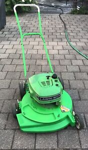 Excellent Condition LawnBoy 2-Stroke Lawnmower