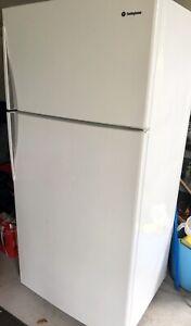 Westinghouse 520l fridge/freezer
