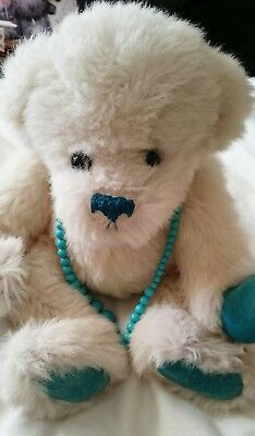 HONEYMEAD BEAR BY ANN COWLEY - yvonne