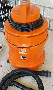 VAX 2000 Wet & Dry Vacuum C/w Turbo Heads & Shampooing Kit Kensington Grove Lockyer Valley Preview