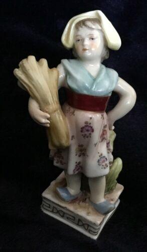 Antique Volkstedt Porcelain figurine Girl with a sheaf 1760-1787 [AH379]