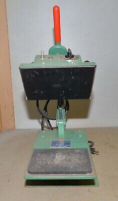 Geo. Knight Screen Printing Transfer Heat Press Model 374d Vintage T-shirt Tool